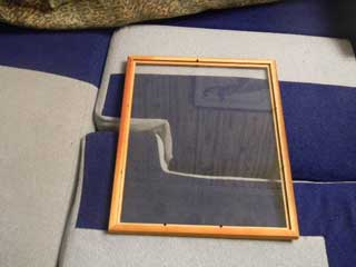 Как крепить вышивку в рамку